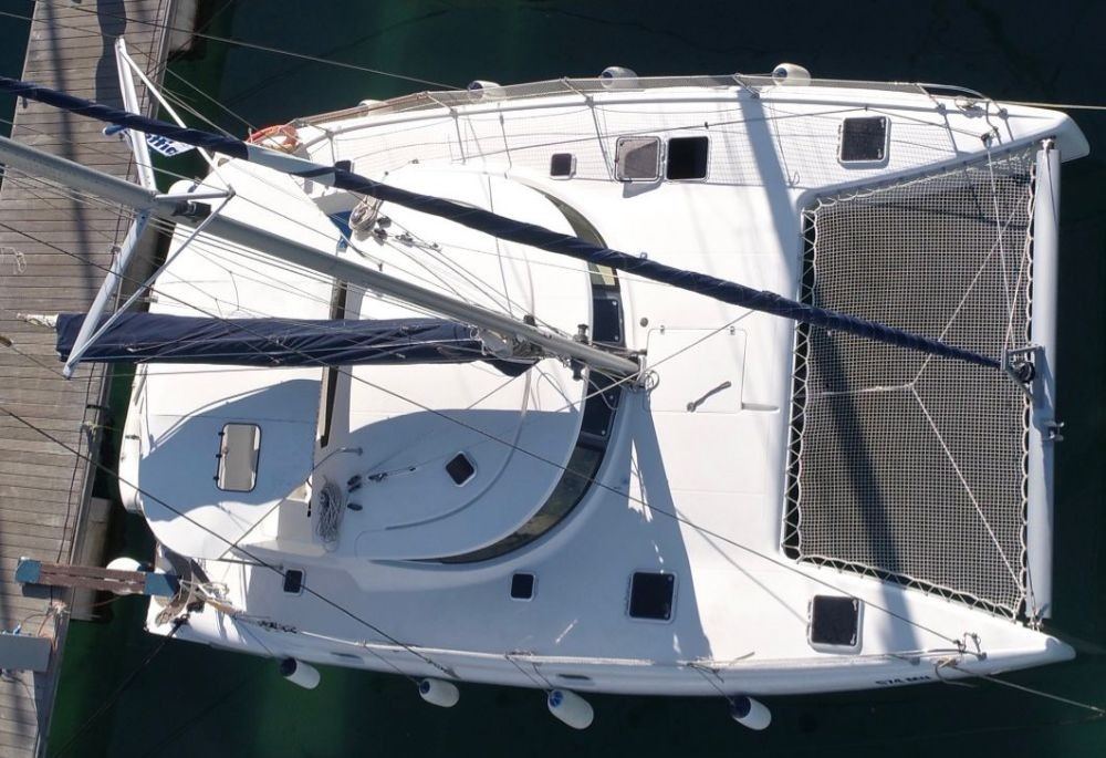 Boat rental Fountaine Pajot Athena 38 in  on Samboat