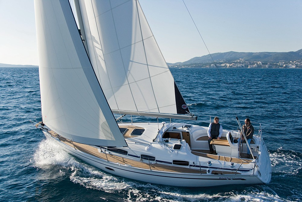 Bavaria Cruiser 34 between personal and professional Peloponnese