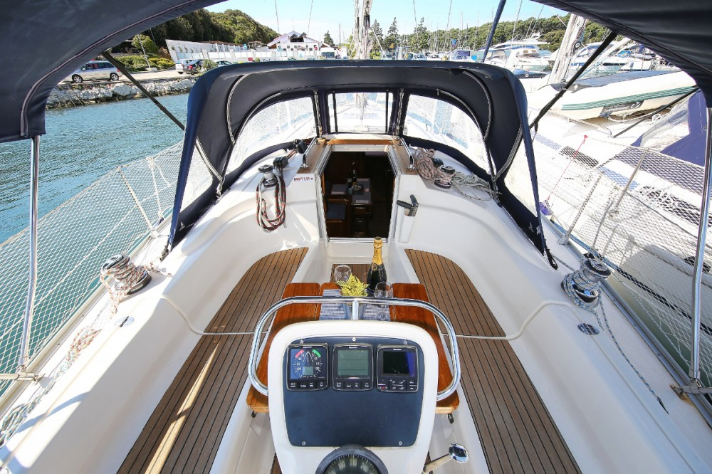 Sailboat for rent Pula at the best price