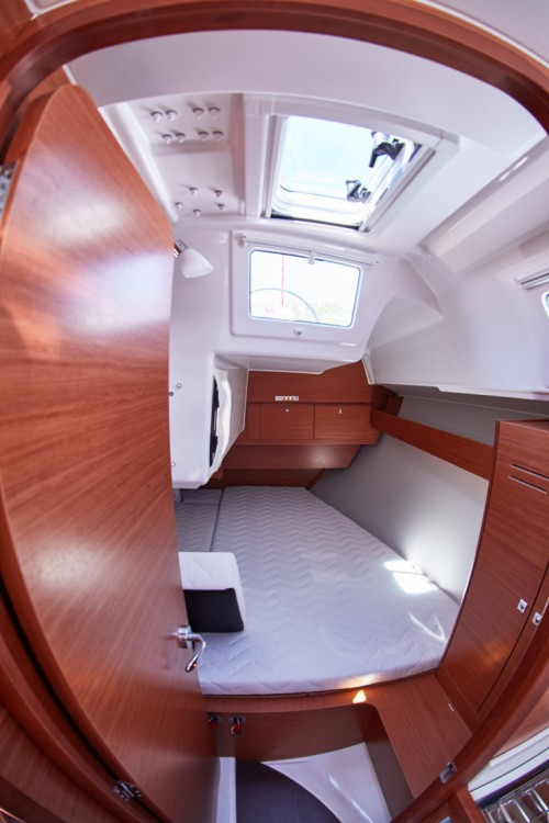 Boat rental Dufour Dufour 360 Grand Large in  on Samboat