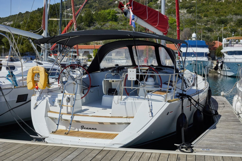 Boat rental Primošten cheap Sun Odyssey 44i