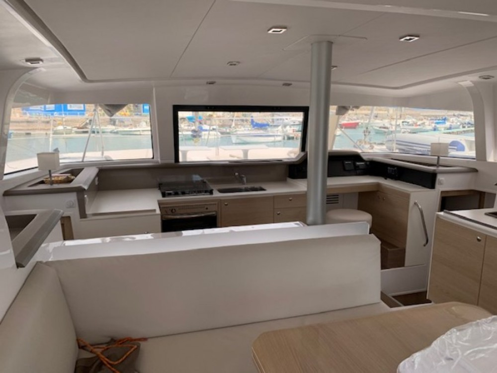 Hire Catamaran with or without skipper Catana Campania