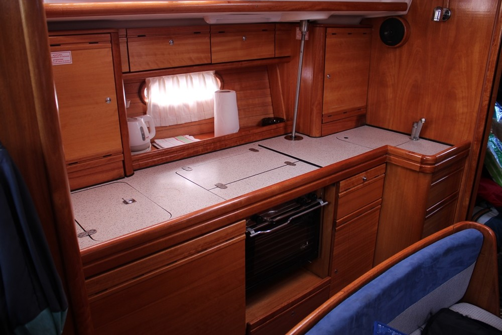 Rental Sailboat in Vrsar - Bavaria Cruiser 39