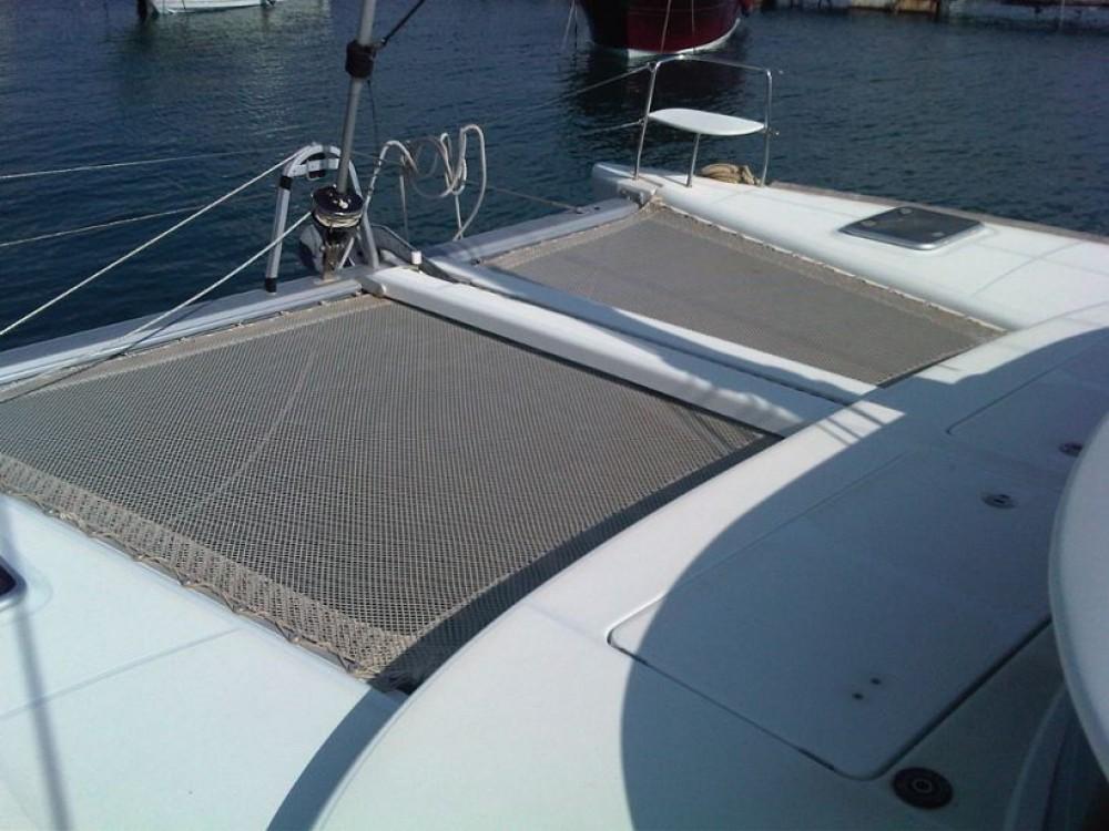 Rent a Lagoon Lagoon 380 Campania
