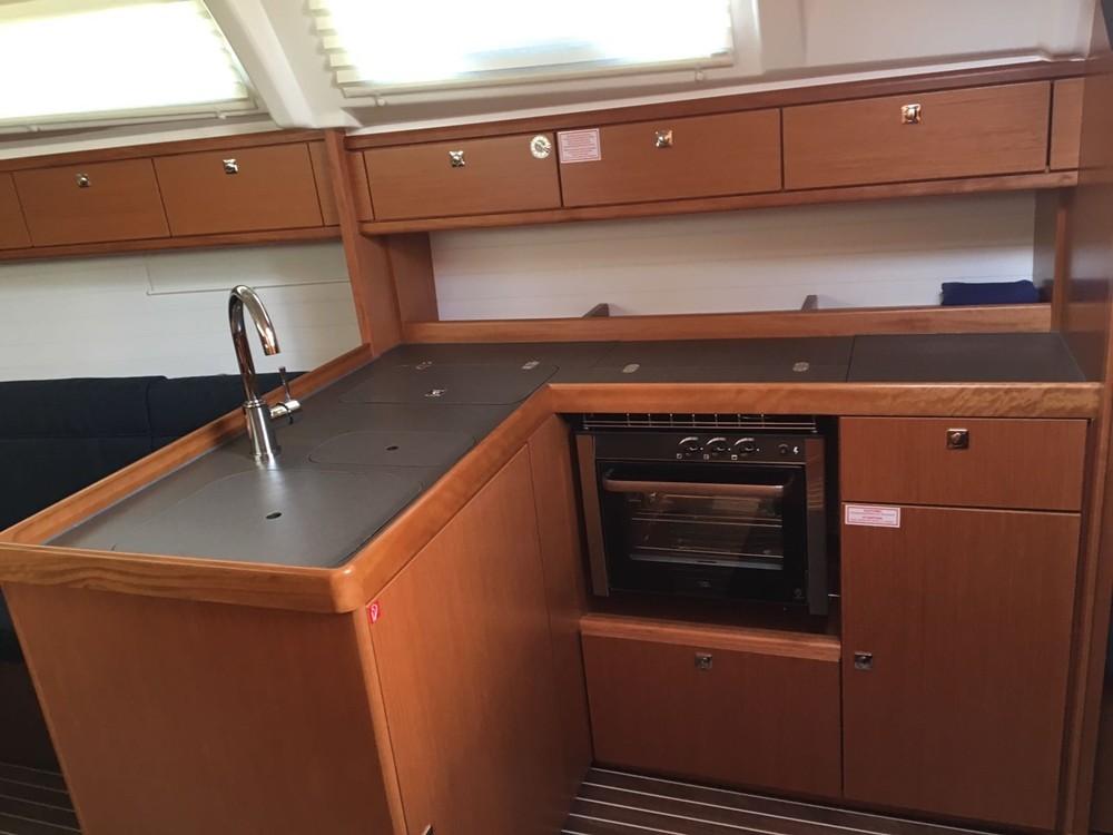 Rental yacht Vrsar - Bavaria Cruiser 37 on SamBoat