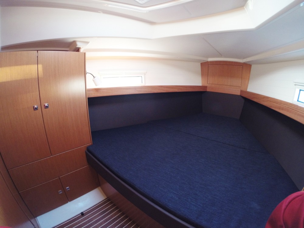 Hire Sailboat with or without skipper Bavaria Vrsar