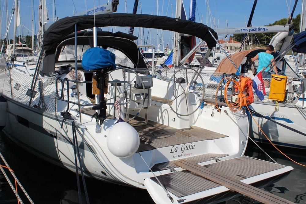 Boat rental Bavaria R40 in Vrsar on Samboat