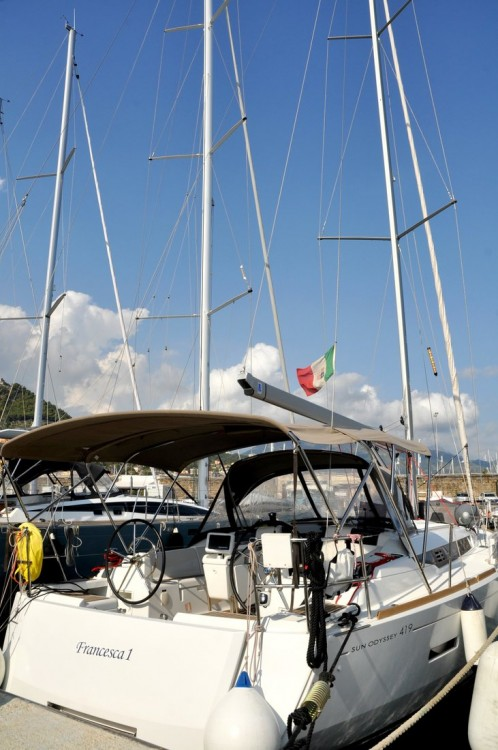 Boat rental Campania cheap Sun Odyssey 419