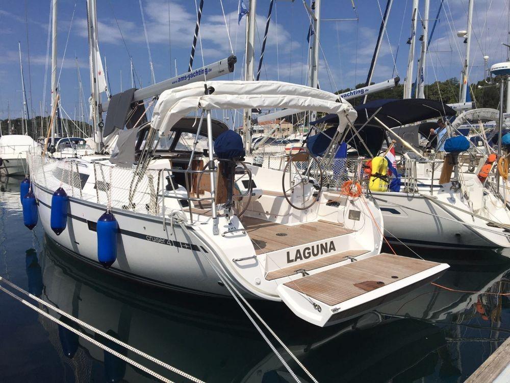Boat rental Bavaria Cruiser 41 in  on Samboat