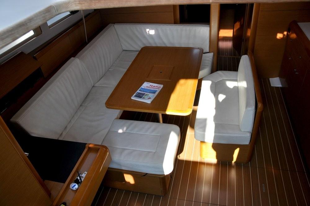 Boat rental Campania cheap Sun Odyssey 469