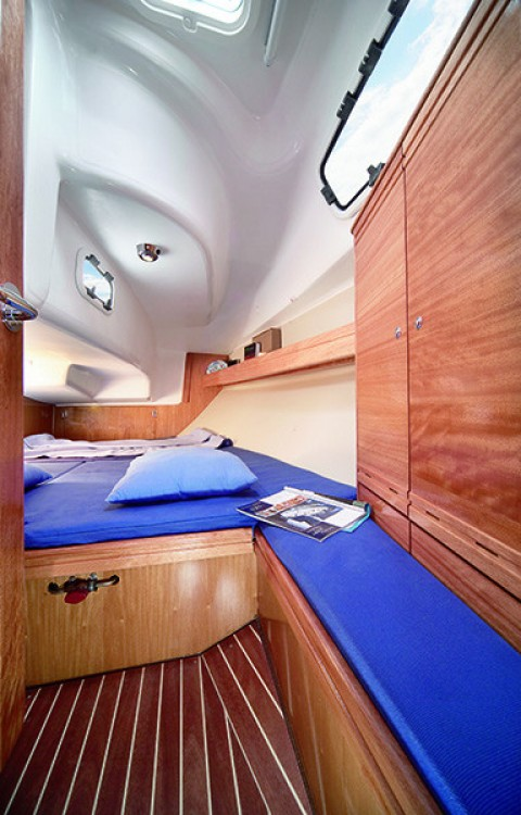 Hire Sailboat with or without skipper Bavaria Campania
