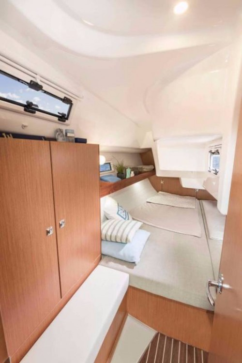 Rent a Bavaria Cruiser 34 Follonica
