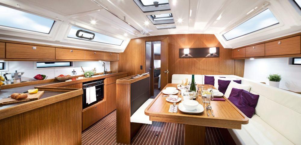 Bavaria Bavaria Cruiser 46 - 4 cab. between personal and professional Campania