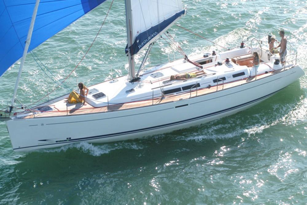 Rental Sailboat in Furnari - Dufour Dufour 455 Grand Large