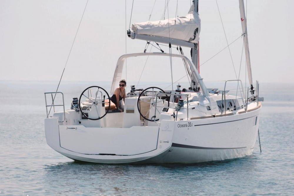 Boat rental Cannigione cheap Oceanis 35.1