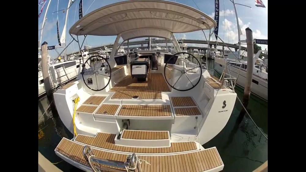 Boat rental Bénéteau Oceanis 45 - 4 cab. in  on Samboat