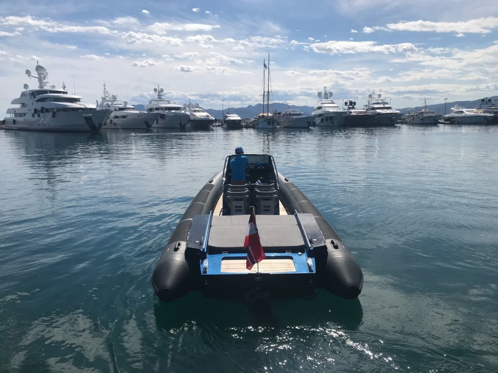 Rental RIB in Port Pierre Canto - Goldfish Boat Goldfish 29