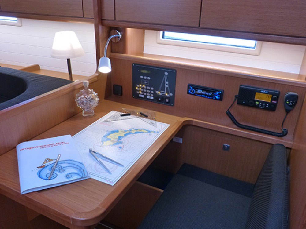 Rental Sailboat in Procida - Bavaria Bavaria Cruiser 41 - 3 cab.