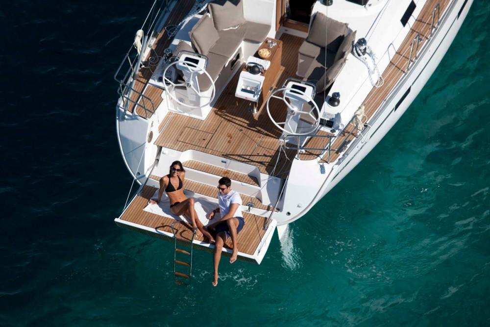Boat rental Bavaria Bavaria Cruiser 46 - 3 cab. in Procida on Samboat