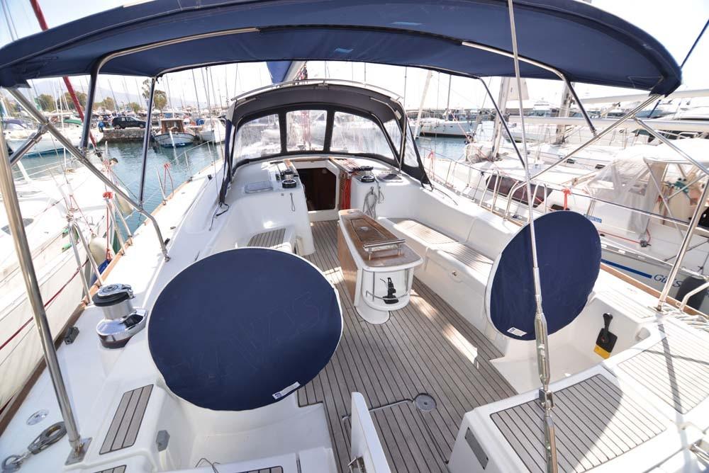 Boat rental Peloponnese cheap Oceanis 54 - 4 + 1 cab.