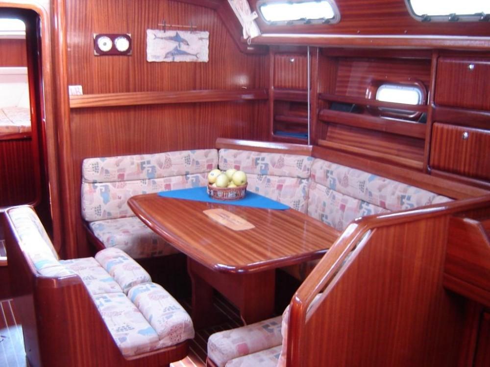 Rental yacht Lefkada - Bavaria Bavaria 42 on SamBoat
