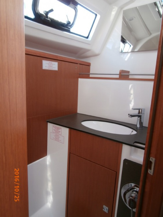 Bavaria Cruiser 37 between personal and professional Lefkada