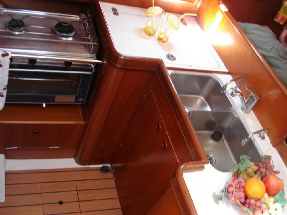 Rental Sailboat in Peloponnese - Bénéteau Oceanis 361