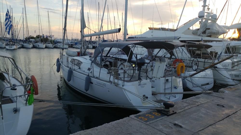 Rent a Bénéteau Oceanis 43 Peloponnese