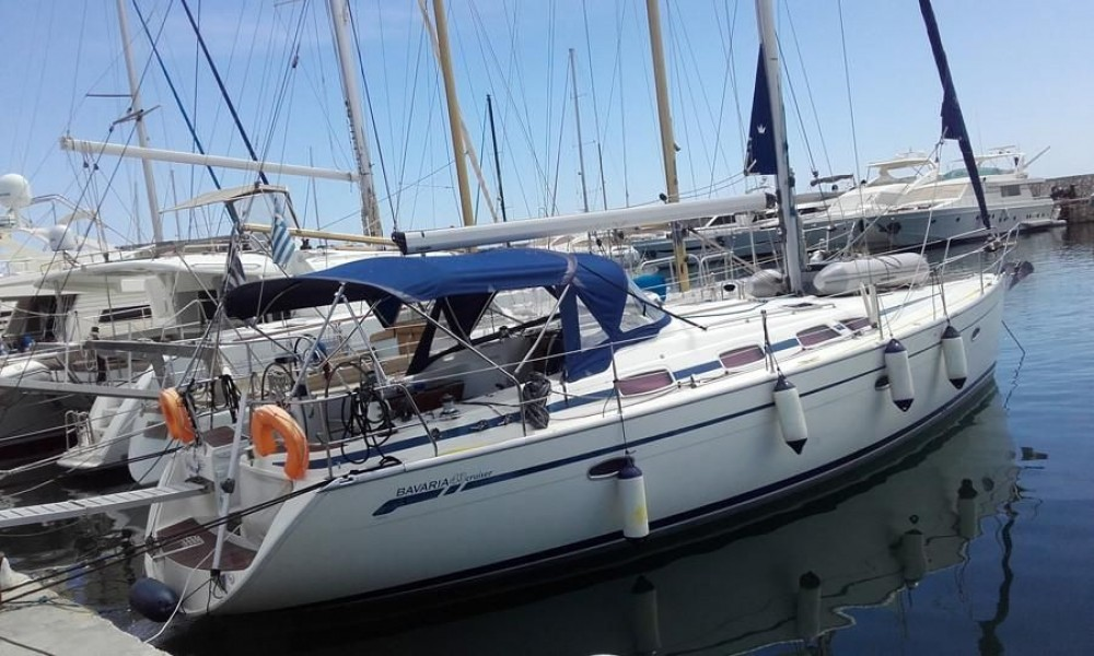 Rent a Bavaria Bavaria 43 Cruiser Mykonos
