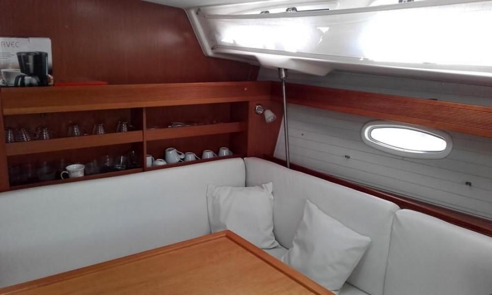 Boat rental Mykonos cheap Bavaria 43 Cruiser