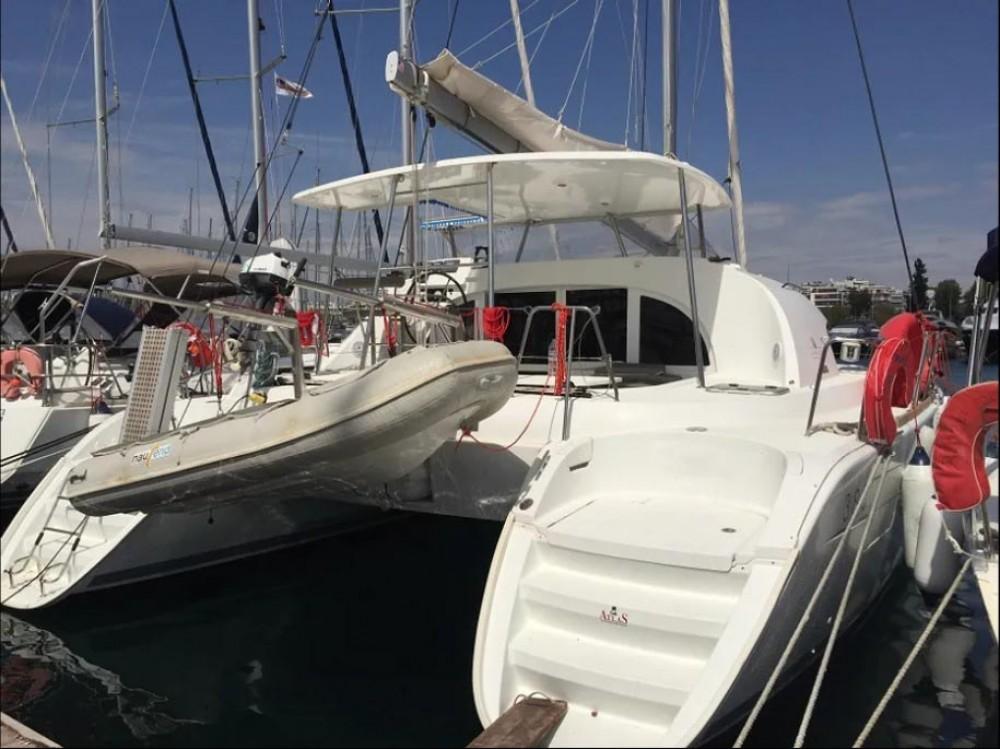 Boat rental Peloponnese cheap Lagoon 380 - 4 + 2 cab.