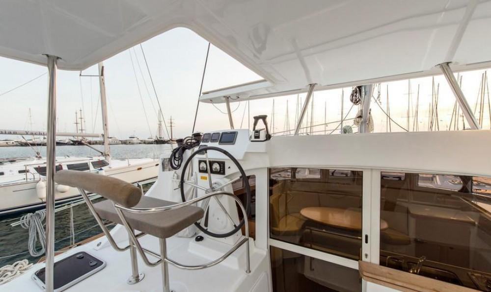 Rental Catamaran in Peloponnese - Lagoon Lagoon 380 - 4 + 2 cab.