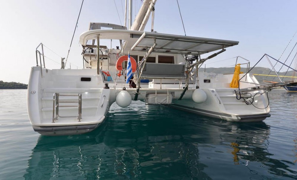 Boat rental Peloponneso cheap Lagoon 400 S2