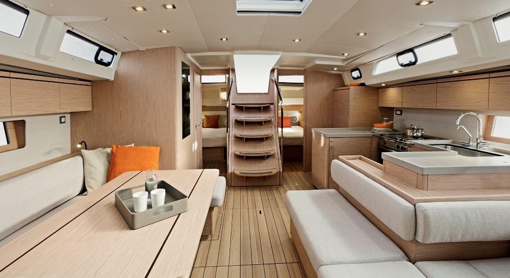 Boat rental Bénéteau Oceanis 51.1 - 5 + 1 cab. in Peloponnese on Samboat
