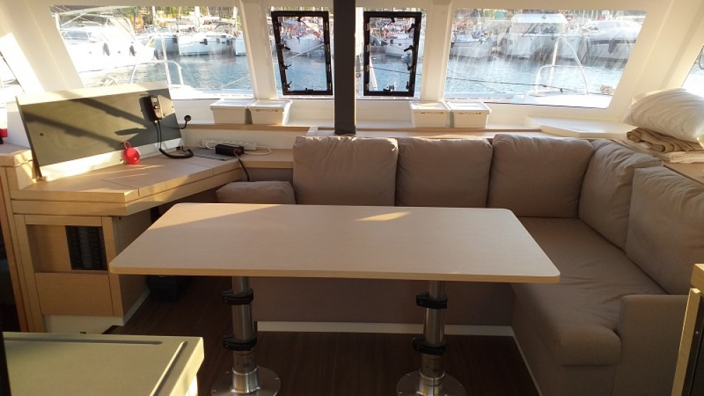 Boat rental Fountaine Pajot Fountaine Pajot Lucia 40 in Fethiye on Samboat