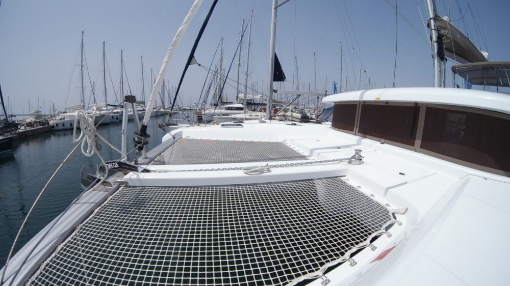 Rental Catamaran in Peloponneso - Lagoon Lagoon 42
