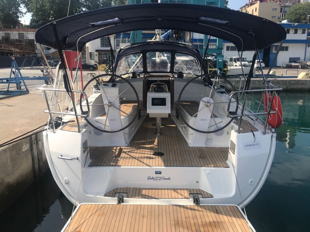 Boat rental  cheap Bavaria Cruiser 37 - 3 cab.