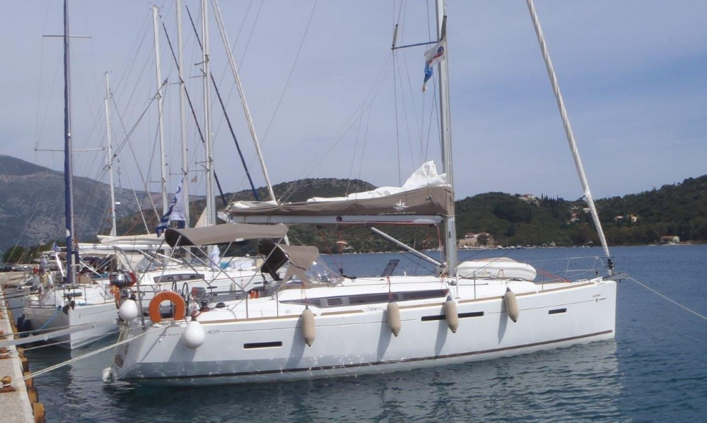 Rental yacht Vólos - Jeanneau Sun Odyssey 409 on SamBoat