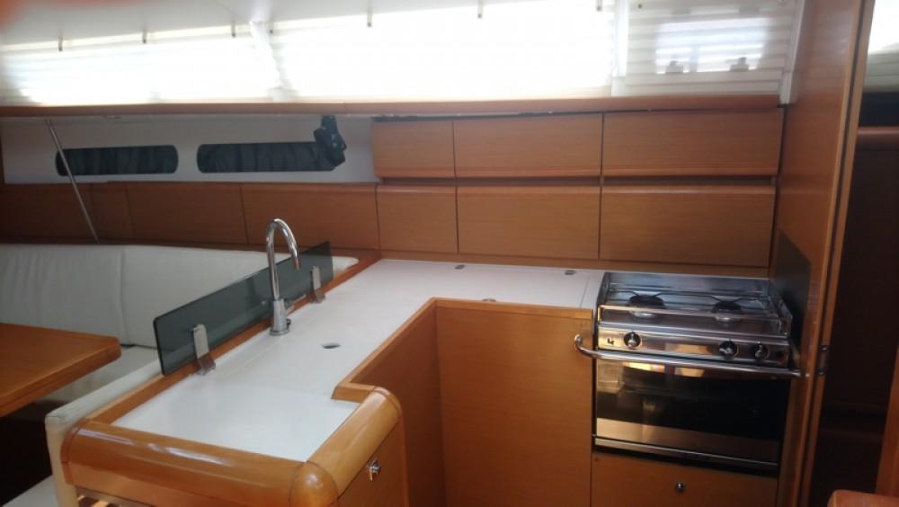 Rental Sailboat in Vólos - Jeanneau Sun Odyssey 409
