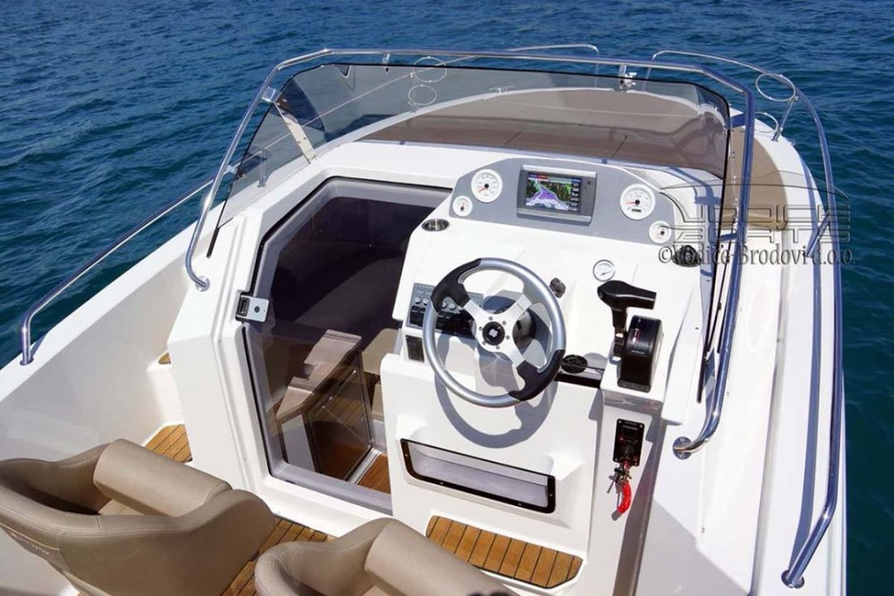 Atlantic-Marine Atlantic Marine Sun Cruiser 655 between personal and professional Grad Pula