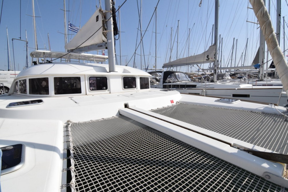Boat rental Lagoon Lagoon 380 S2 - 4 cab. in Peloponnese on Samboat