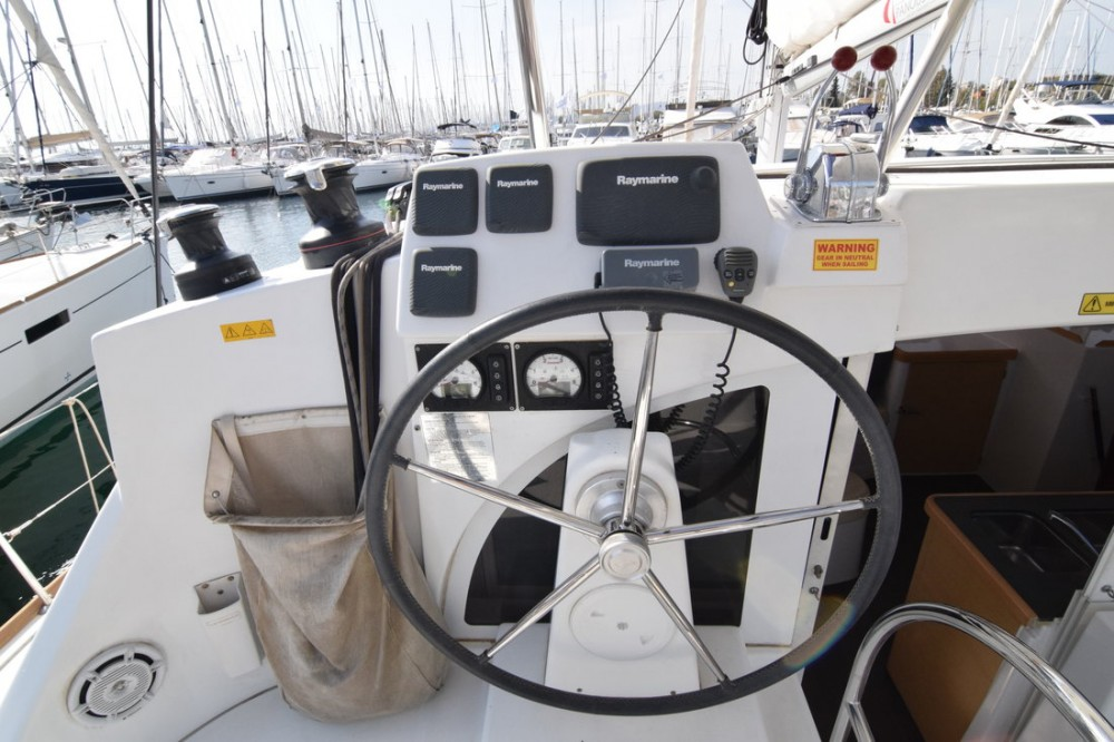 Lagoon Lagoon 380 S2 - 4 cab. between personal and professional Peloponnese