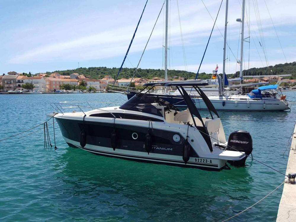Boat rental Balt-Yacht Balt 818 Titanium in Općina Kukljica on Samboat