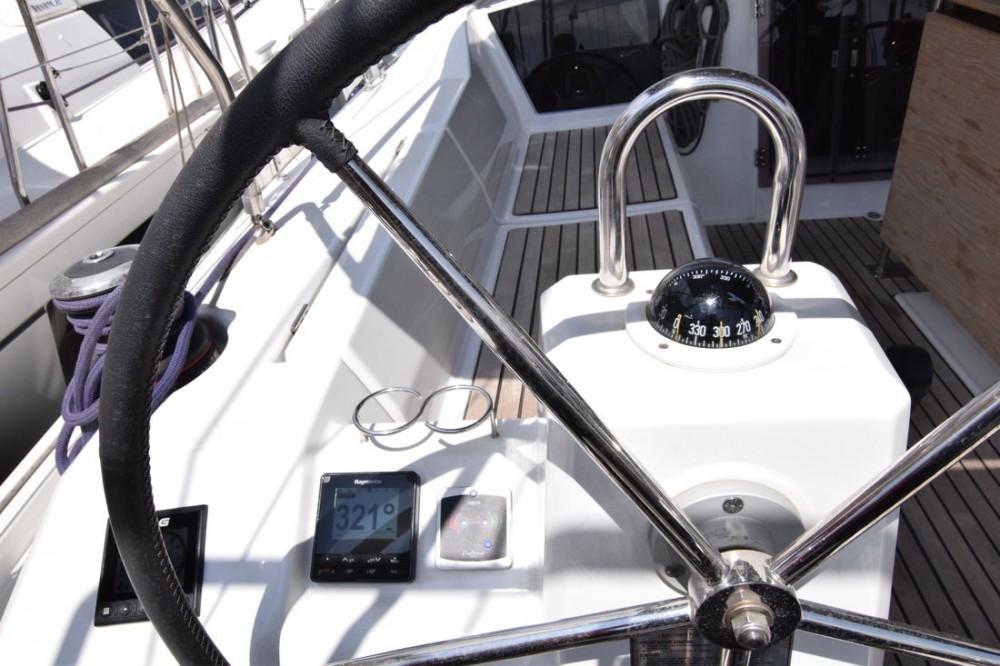 Rental yacht Peloponneso - Bénéteau Oceanis 41.1 on SamBoat