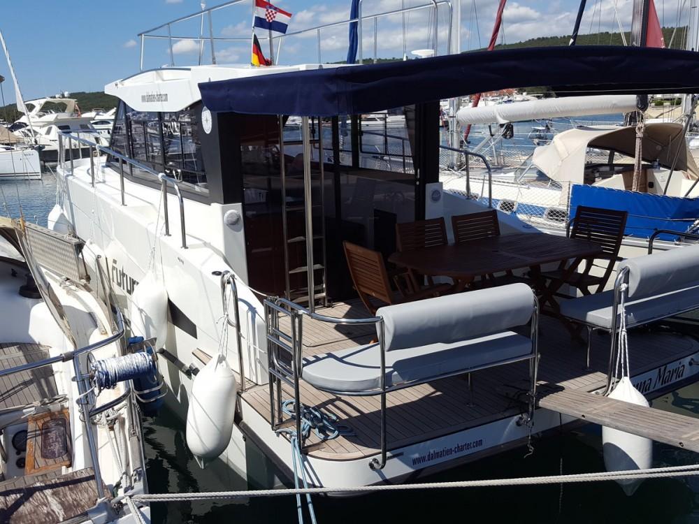 Rental Motorboat in  - Futura-Yachts Futura 36