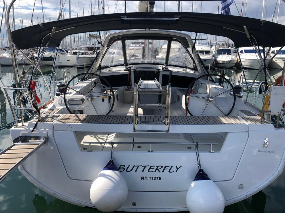 Sailboat for rent Peloponnese at the best price