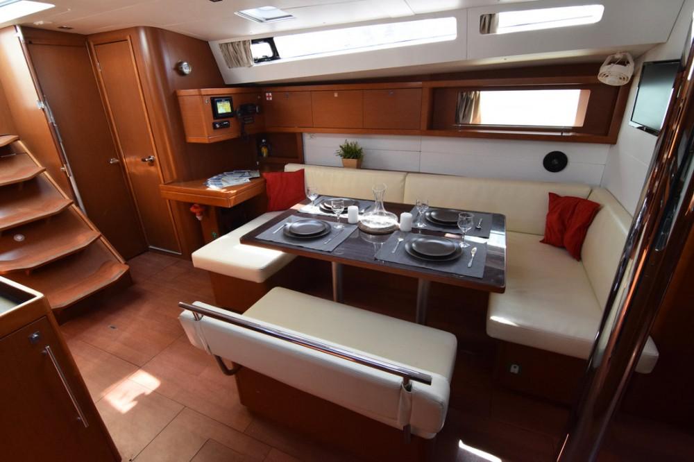 Rental yacht Peloponnese - Bénéteau Oceanis 48 - 5 cab. on SamBoat
