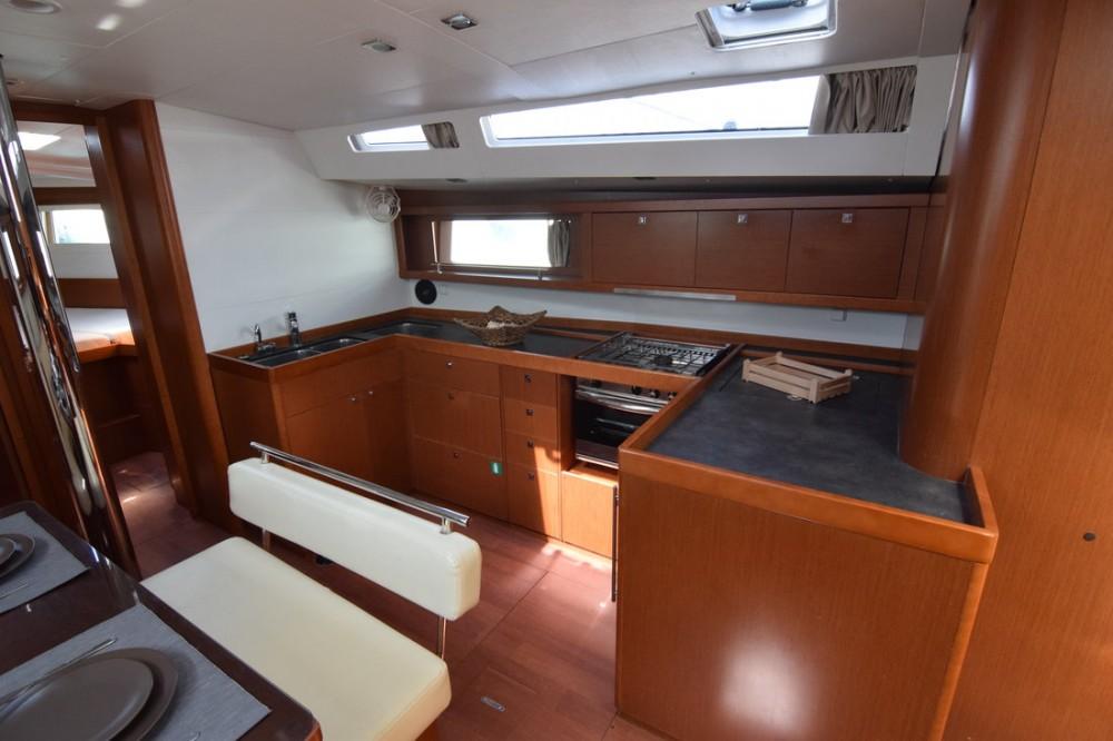Rental Sailboat in Peloponnese - Bénéteau Oceanis 48 - 5 cab.
