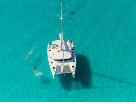 Boat rental Ionian Islands cheap Lagoon 39
