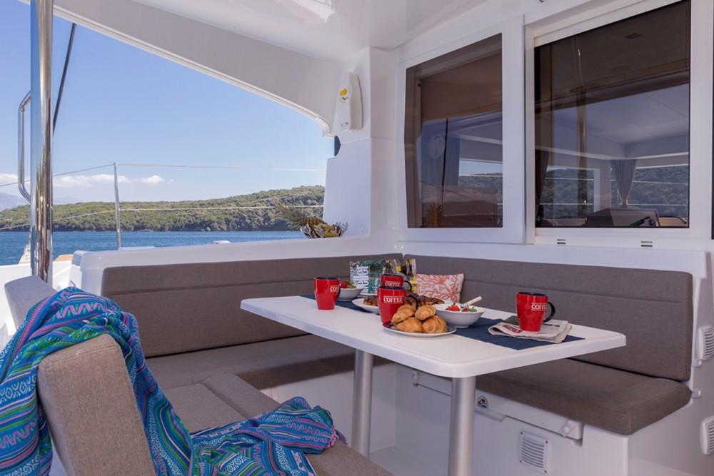Rent a Lagoon Lagoon 39 - 4 + 2 cab. Ionian Islands